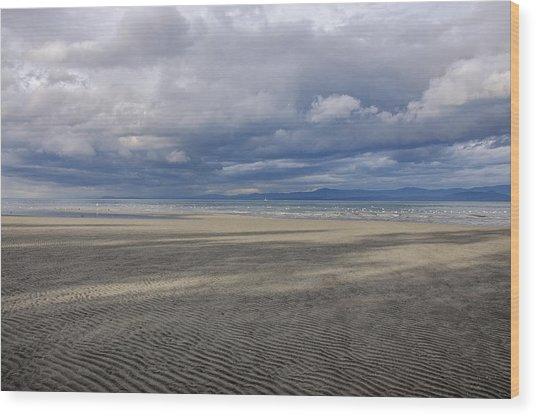 Low Tide Sandscape Wood Print