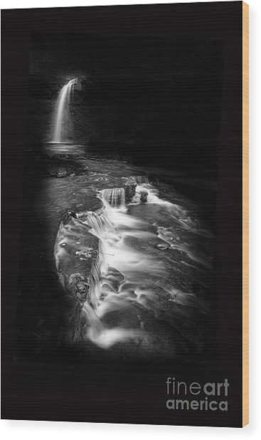 Luminous Waters Vi Wood Print