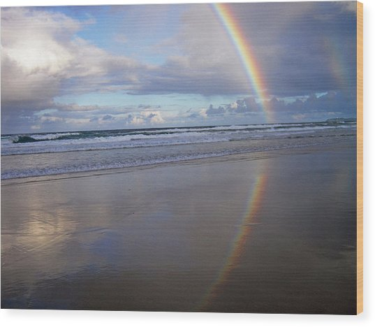 Magic Rainbow Arc Beachscape Wood Print
