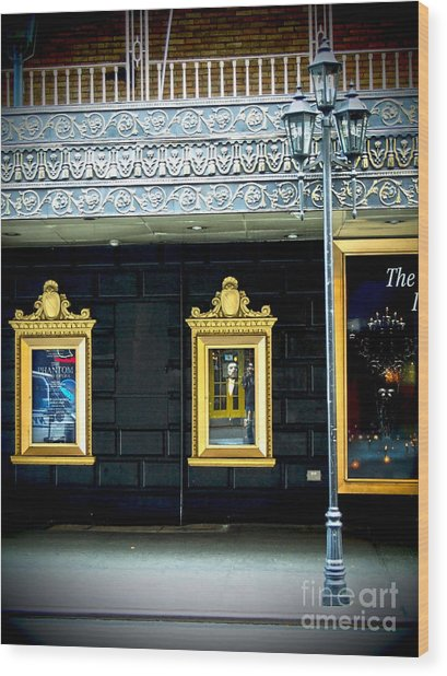 Majestic Theatre Lightpost Wood Print
