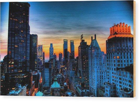 Manhattan At Sunset Wood Print