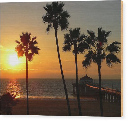Manhattan Beach Pier And Palms At Sunset Wood Print