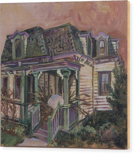 Mansard House With Nest Egg Wood Print