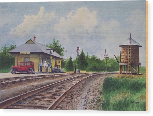 Mansfield Railroad Station Wood Print