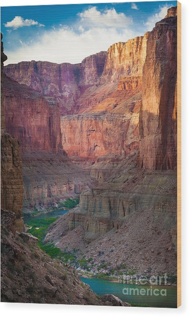 Marble Cliffs Wood Print