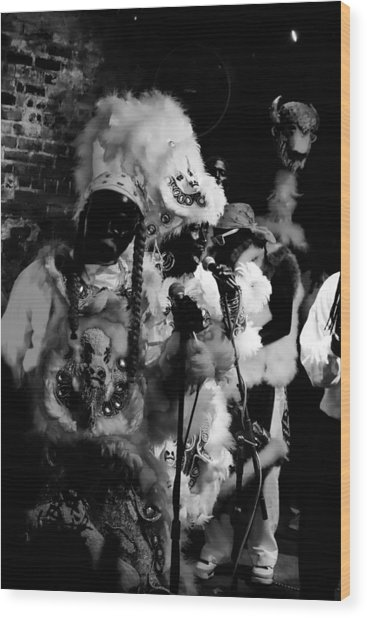 Mardi Gras Indians At The Gold Mine Saloon In New Orleans Wood Print