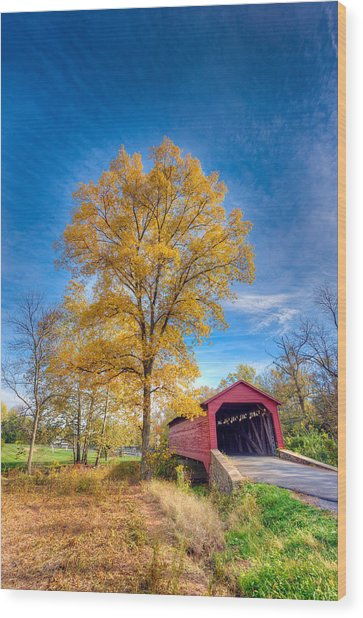 Maryland Covvered Bridge In Autumn Wood Print
