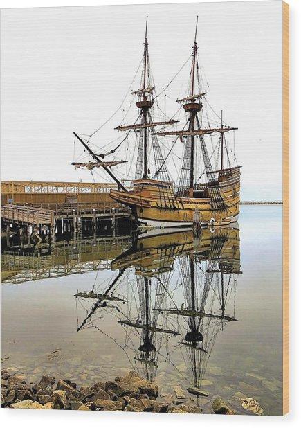 Mayflower II Reflections Wood Print by Janice Drew