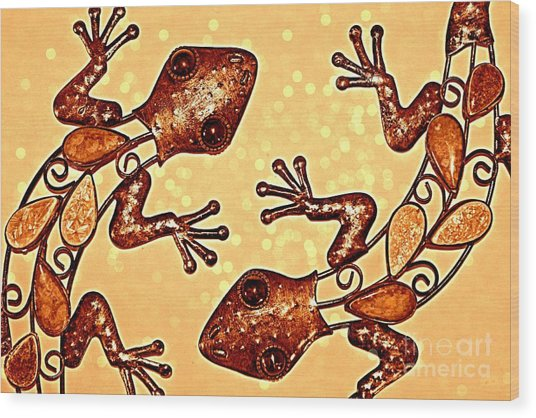 Meet The Geckos Wood Print