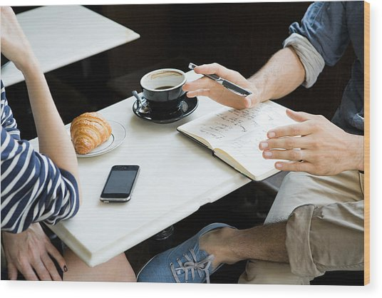 Meeting Over Coffee Wood Print by Image Source