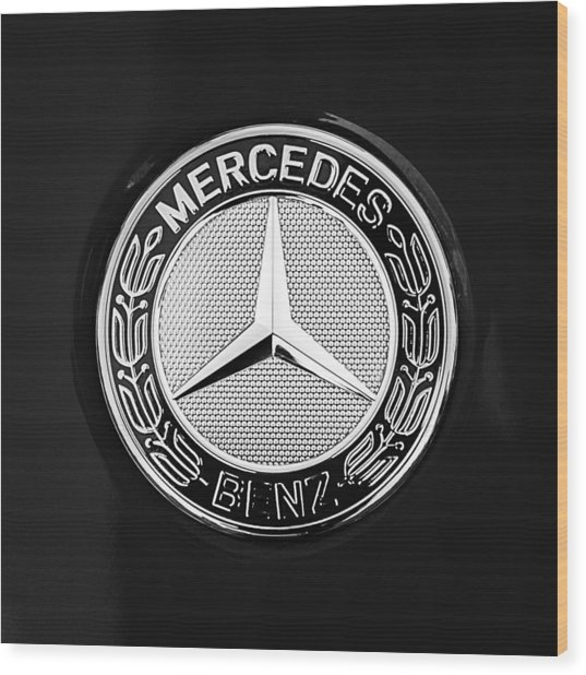 Mercedes-benz 6.3 Gullwing Emblem Wood Print