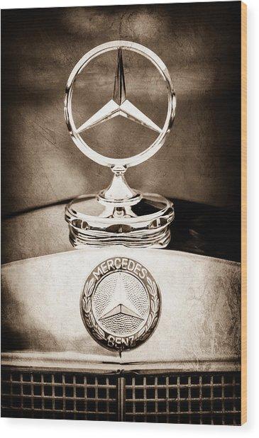Mercedes-benz Hood Ornament - Emblem Wood Print