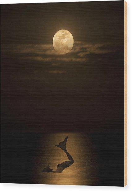 Mermaid's Moonsong Wood Print