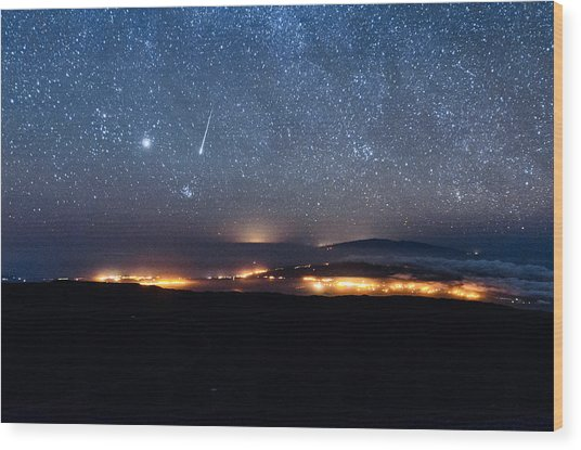Meteor Over The Big Island Wood Print