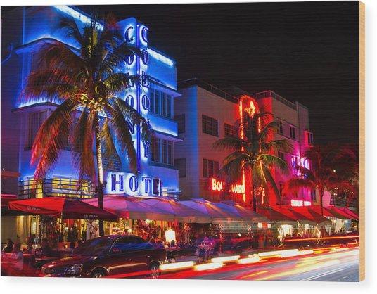 Miami Beach Ocean Drive Wood Print