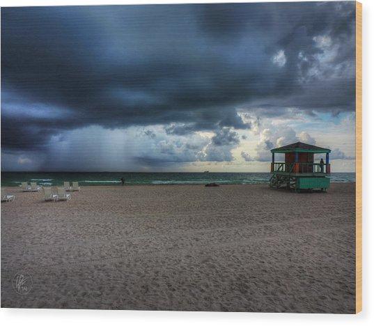 Miami - South Beach Storm 002 Wood Print by Lance Vaughn