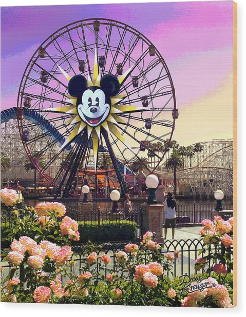 Mickey's Fun Wheel II Wood Print