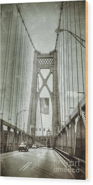 Mid Hudson Suspension Bridge Wood Print