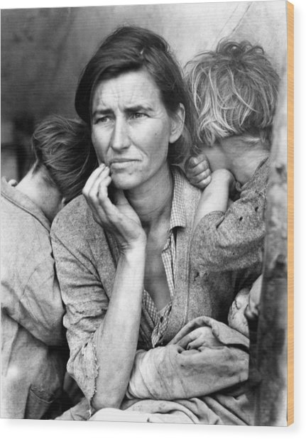 Migrant Mother, 1936 Wood Print by Granger