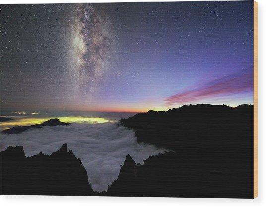 Milky Way Above La Palma Wood Print by Babak Tafreshi