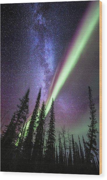 Milky Way And The Aurora Borealis Wood Print