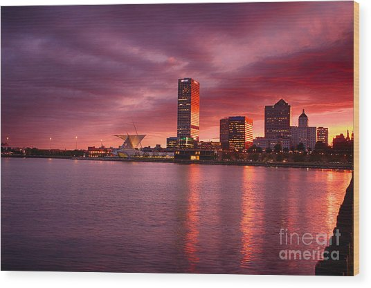 Milwaukee Sunset Wood Print