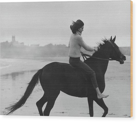 Minnie Cushing Riding A Horse Wood Print by Toni Frissell