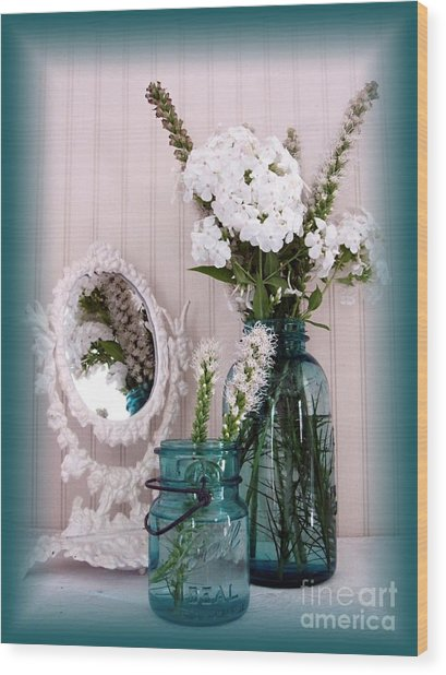 Mirrored Bouquet 1 Wood Print