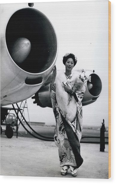 Miss Universe Opens Polar Route Of Air Franc Wood Print by Retro Images Archive