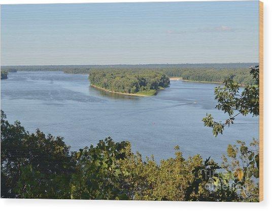Mississippi River Overlook Wood Print