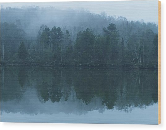 Misty Morning On The Clinch River Wood Print