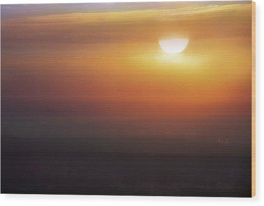 Misty Peaks And Valleys Under The Rising Sun - Mt. Nebo - Arkansas Wood Print