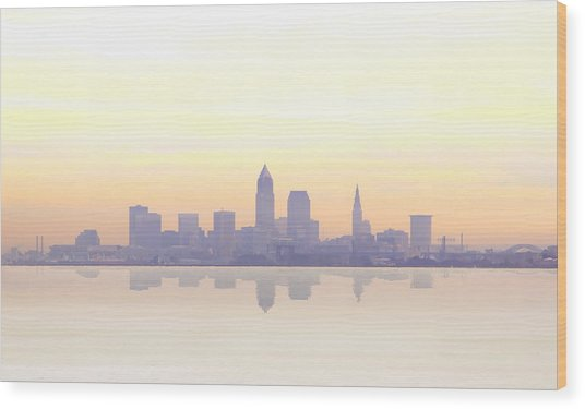 Misty Sunrise In Cleveland Wood Print