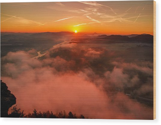 Misty Sunrise On The Lilienstein Wood Print