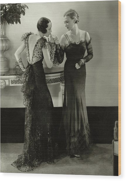 Models In Evening Gowns Wood Print
