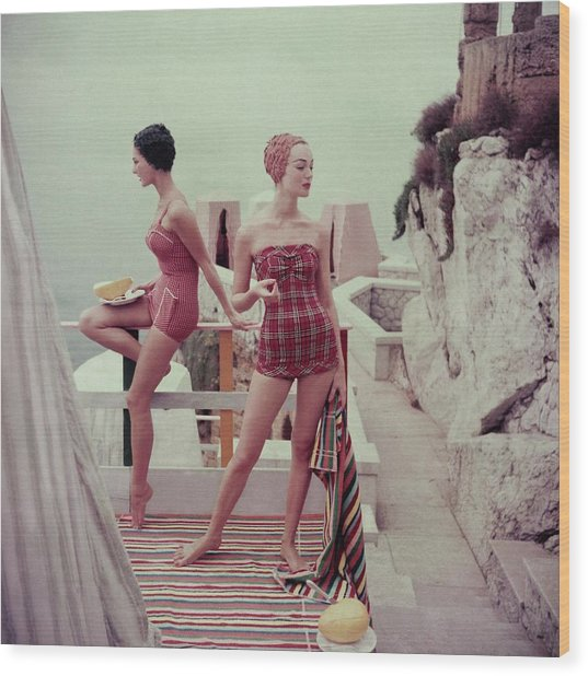 Models Wearing Bathing Suits In Palermo Wood Print