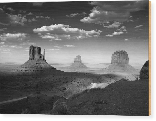 Monument Valley In Black And White Wood Print