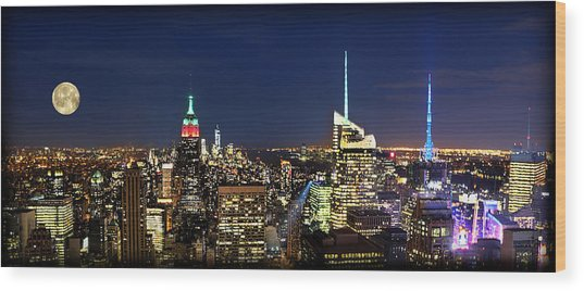 Moon Over Manhattan At Twilight Wood Print by Lee Dos Santos