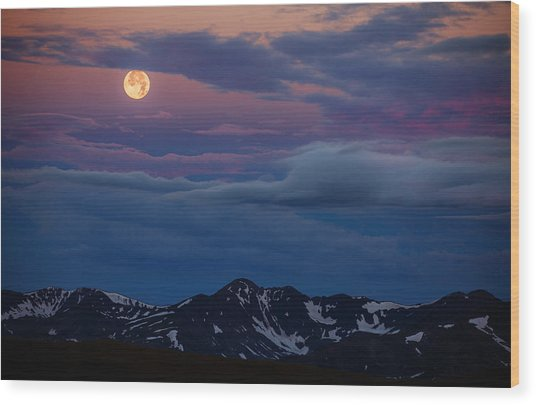 Moon Over Rockies Wood Print