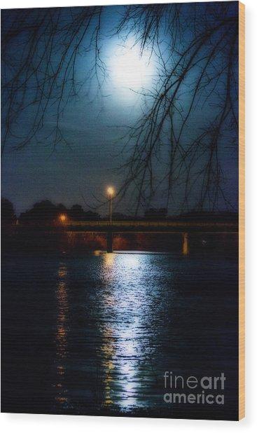 Moon Set Lake Pleasurehouse Wood Print