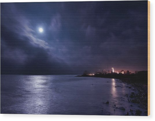 Moonlight Bay Wood Print