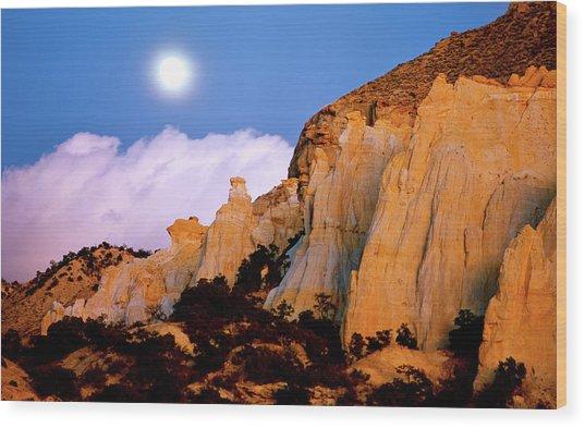 Moonrise Over The Kaiparowits Plateau Utah Wood Print