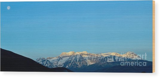 Moonset Over Timpanogos Wood Print