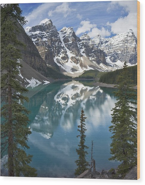 Moraine Lake Overlook Wood Print