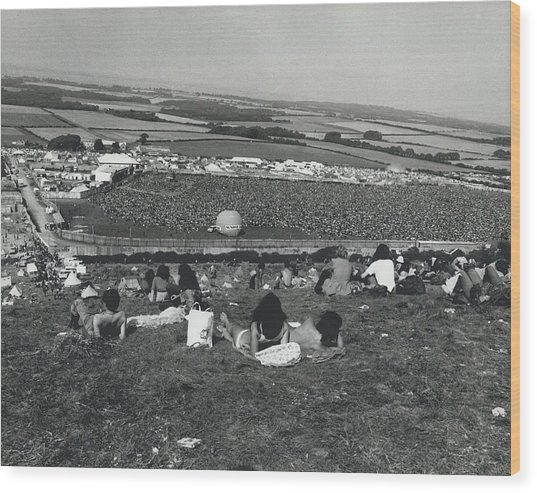 More Than 100,000 Fans Attend The Isle Of Wight Pop Wood Print by Retro Images Archive