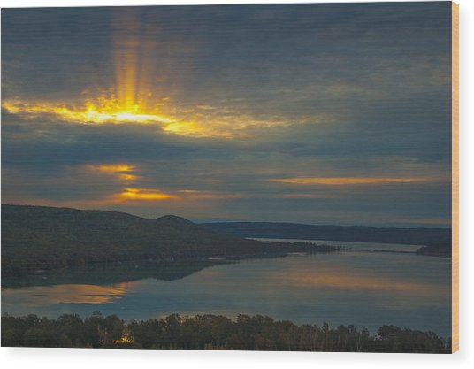 Morning Beams Over Glen Lake Wood Print