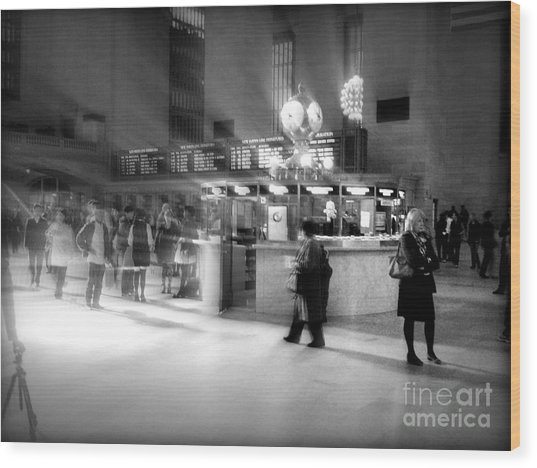 Morning In Grand Central Wood Print