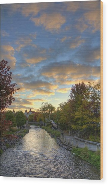 Morning Sky On The Fox River Wood Print