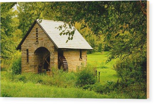 Morris Pumphouse Wood Print