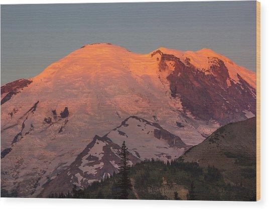 Mount Rainier Sunrise Wood Print